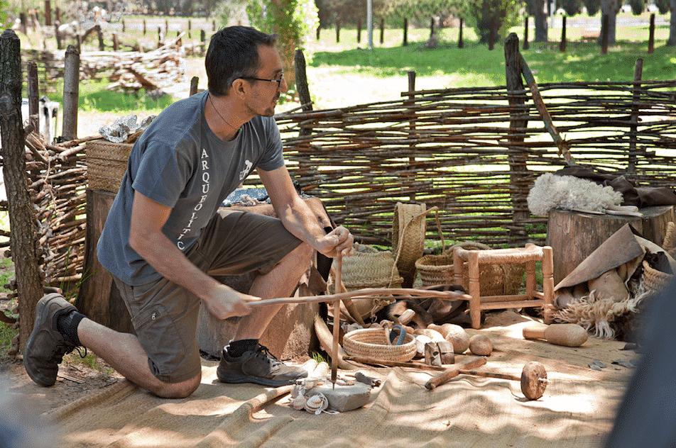 Visita guiada i demostració d'activitats neolítiques
